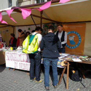 Kunst-Stoffe auf dem Neuköllner Umwelt- und Nachhaltigkeitsfest