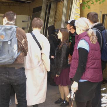 Besuch der SPD-Kandidatin im Materialmarkt Pankow